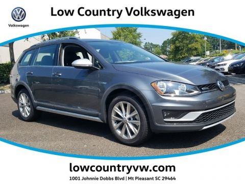 New 2017 Volkswagen Golf Alltrack TSI S AWD